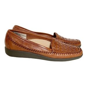 Auditions Brown Woven Leather Loafers Size 7 AA